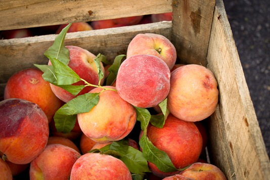 Image and a tasty peach smoothie recipe via