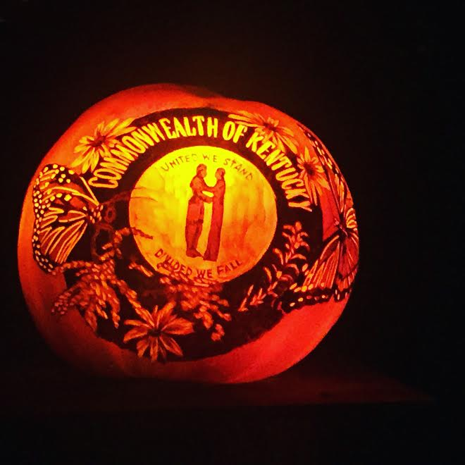 A yearly trip to Louisville's Jack O Lantern Spectacular is our one halloween tradition. You can see why we liked this pumpkin so much...