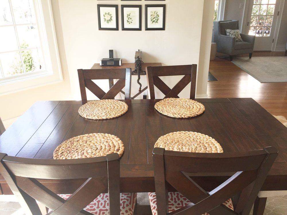 dining room table 2.JPG