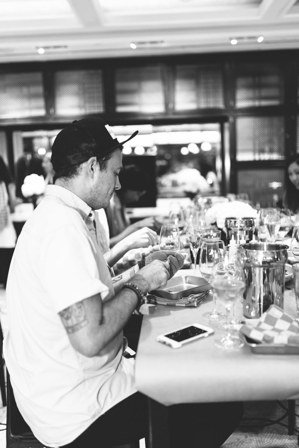 Oysters XO | The Plaza Hotel | Event photography New York City | Glenfiddich | Marcel Rosé | How to shuck an oyster | Todd English Food Hall