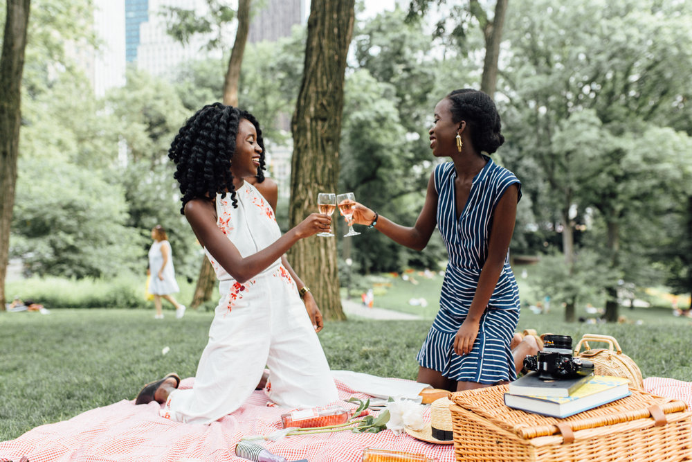 cute picnic in central park lifestyle photo shoot fashion blogger shelcy christy nycxclothes-2.jpg