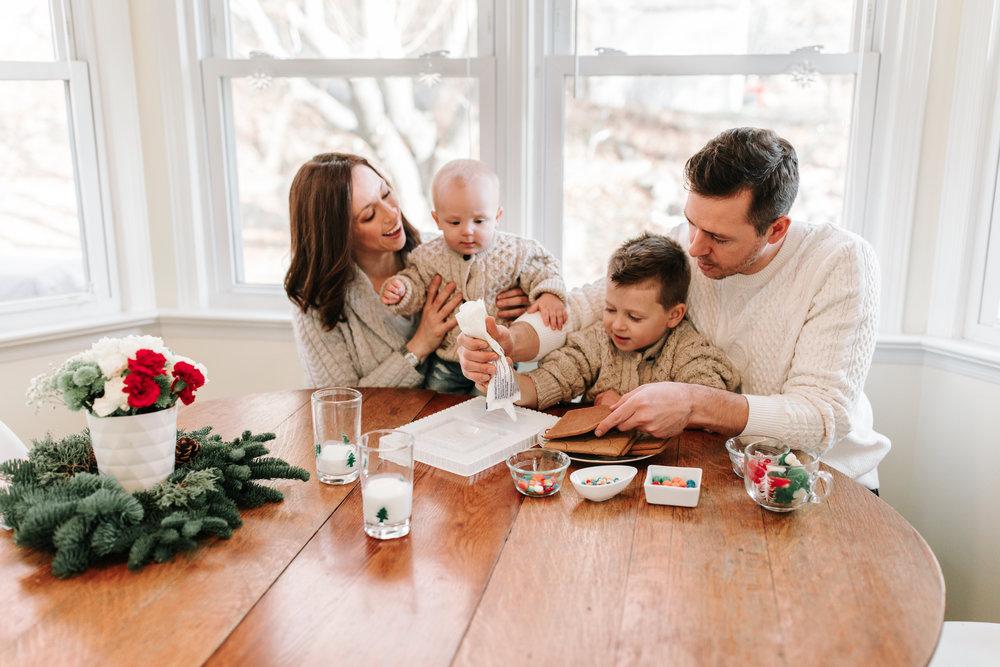 Knudsen Family Christmas Photos 2017-32.jpg