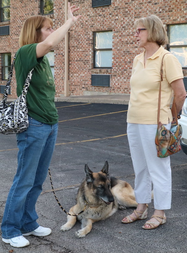 Sally Hamm, Kona and Rosi von Fintel visit before the May meeting.