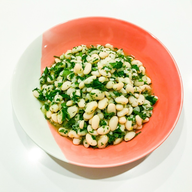 Lemony white beans with parsley