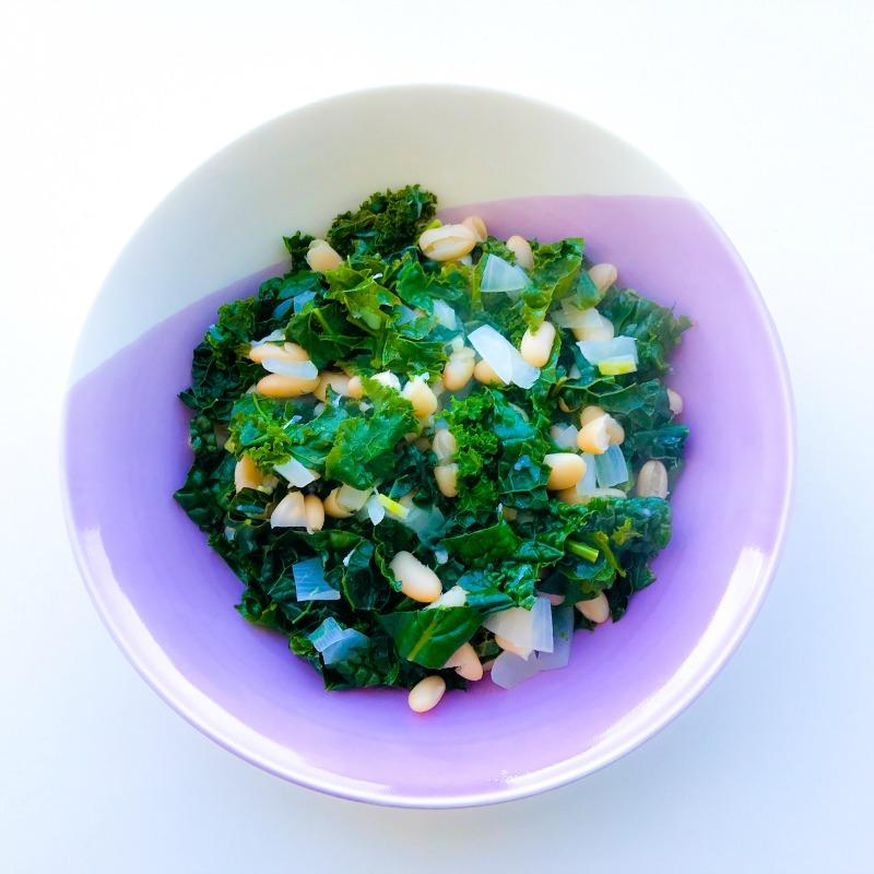 Garlicky Kale & White Beans