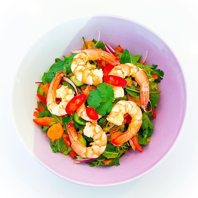 You have to try this delicious Simple Thai Prawn (Shrimp) Salad. It hits all 5 of the requisite Thai flavour profiles (sweet, sour, spicy, salty, and bitter) and is so simple to make. Link to recipe in profile. #recipe #recipes #healthyrecipe #healthyrecipes #salad #saladrecipe #seafood #seafoodrecipe #pescatarian #culinarynutrition #culinarynutritionist #nutrition #nutritious #healthyeats #eatinghealthy #realfood #jerf #delicious #instafood #inmykitchen #youarewhatyoueat #yum