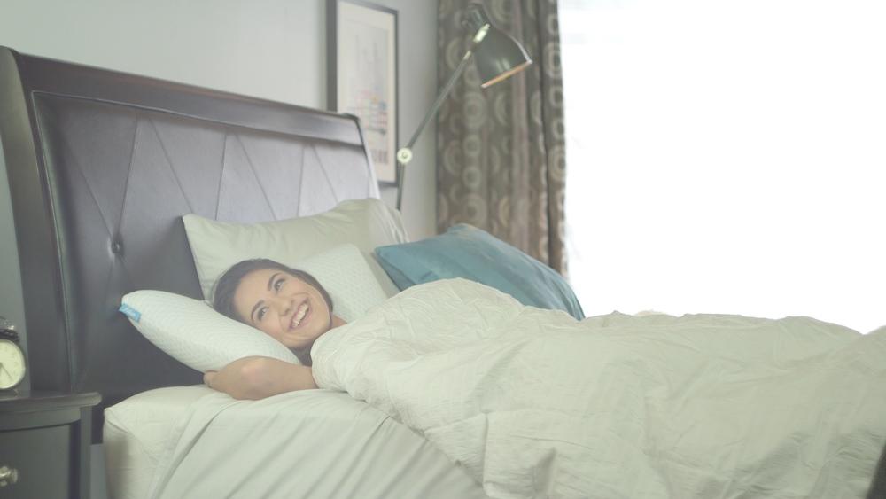 fohm pillow girl 03.jpg