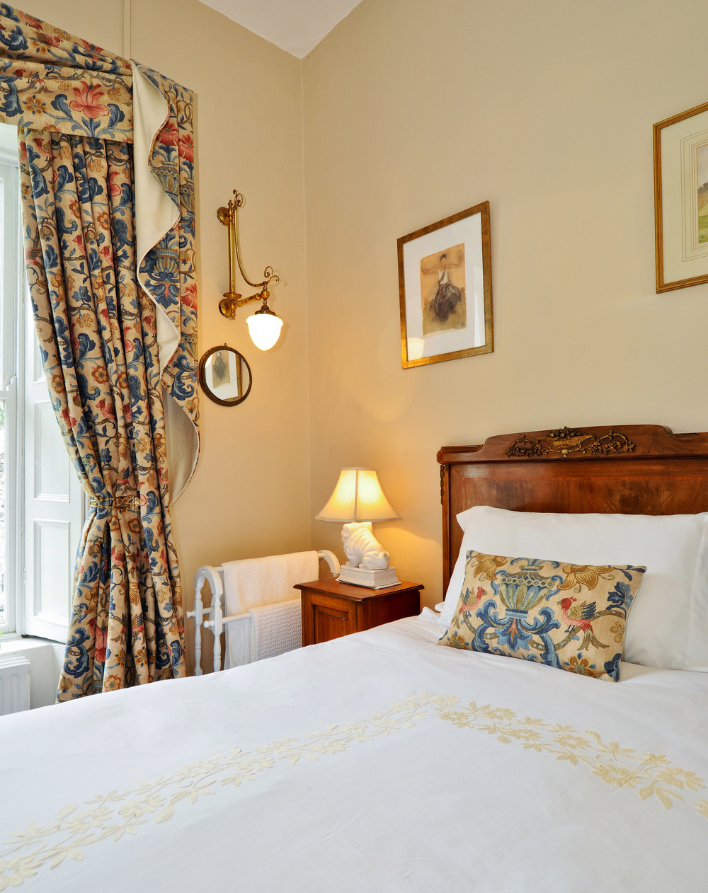 Luxury accommodation in historic house Ireland