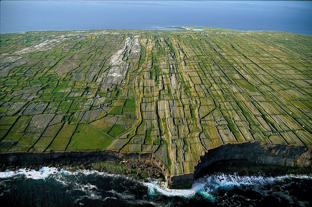Aran Islands Day Tour The Aran islands are a group of 3 islands off the West coast of Ireland. They are made up of limestone, and resemble the landscape of the Burren. You can fly or get the passenger ferry out to the islands for a day trip, or to stay overnight. Check out the Aran islands site for more details. We normally get the passenger ferry and hire bikes at the dock. The Red bull cliff diving championships in Ireland are held in Inis Mor, at the natural pool called Serpent's Lair.