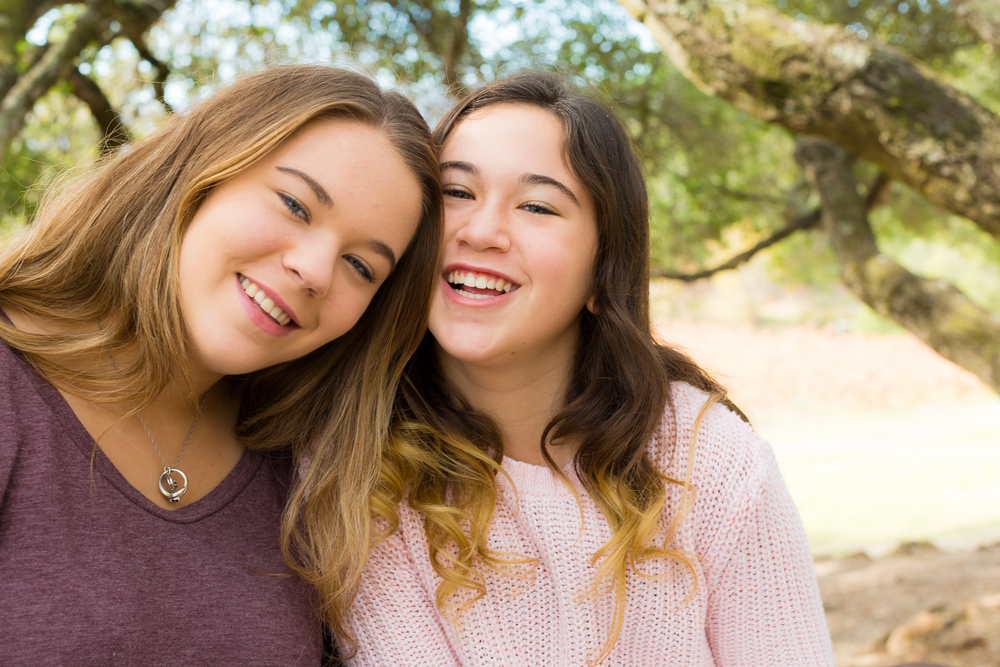 Brianna&Nika-8381.jpg