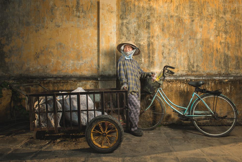 WANDERING VIETNAM