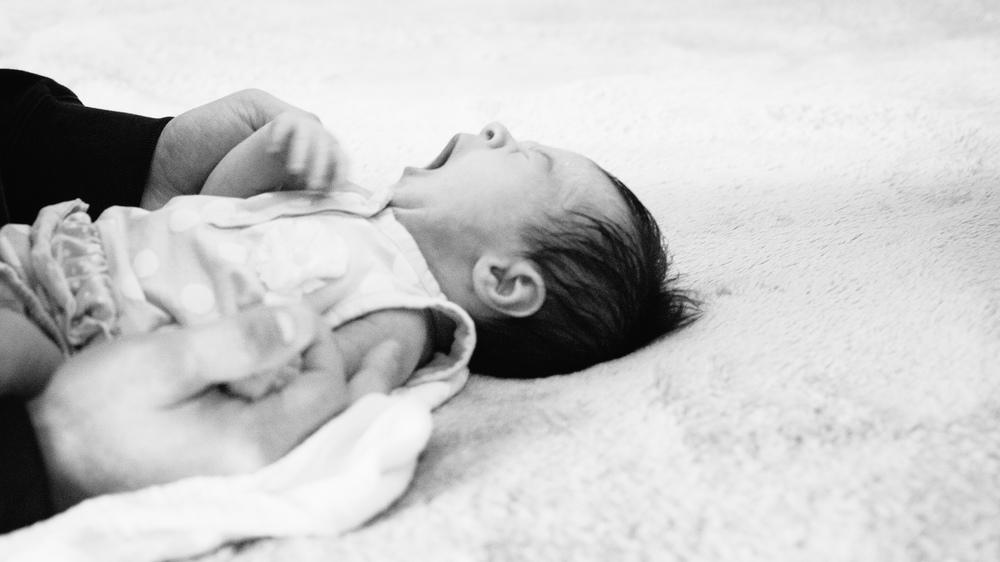 Kaci newborn-9.JPG