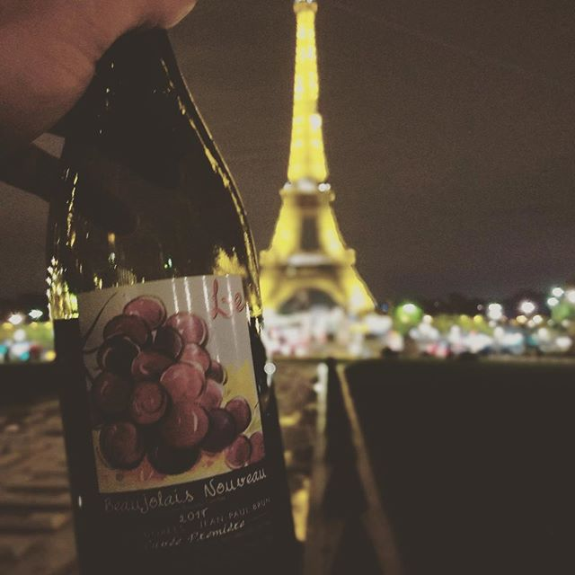 a glimpse of Paris from our traveling associate @danny_patrick #pariswithaview #eiffeltoweratnight #beaujolaisnouveau