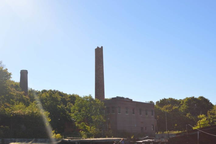 The boiler house's east and west smokestacks from the boat.Photo: Jen Kirby/New York Magazine