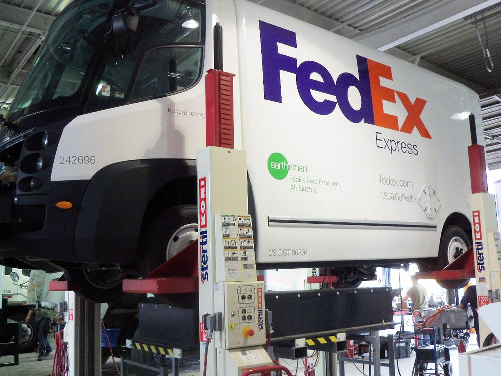 p-Fedex eStar with pack removed.jpg