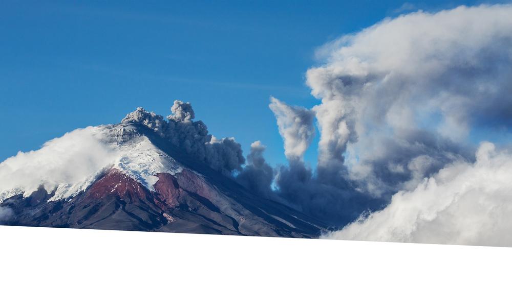 """""""Vivre avec la FC, c'est vivre au sommet d'un volcan. Voyons une éruption de volcan comme une métaphore de l'expectoration quotidienne deglaires collantes par un patient atteint de mucoviscidose.""""  PROF. DR. DUPONT   Faites un don"""