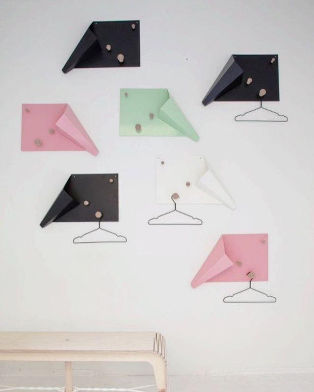 Taneli coat rack by our alumni Riku Toivonen.  #kamut #muotsikka #youngdesigners #rikutanelitoivonen #design #nordic #fun