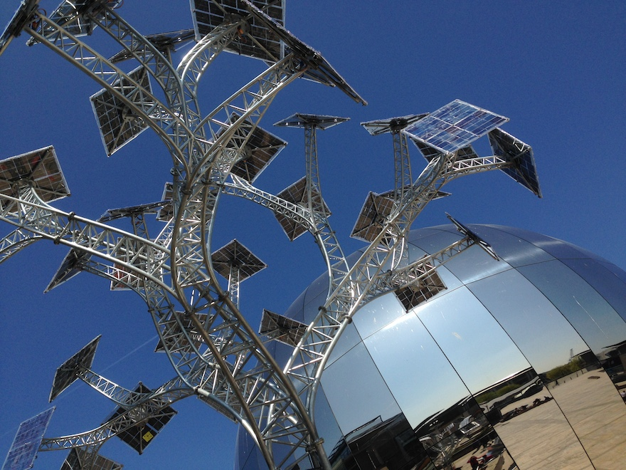 Bristol solar tree. Photo: Alice Bell