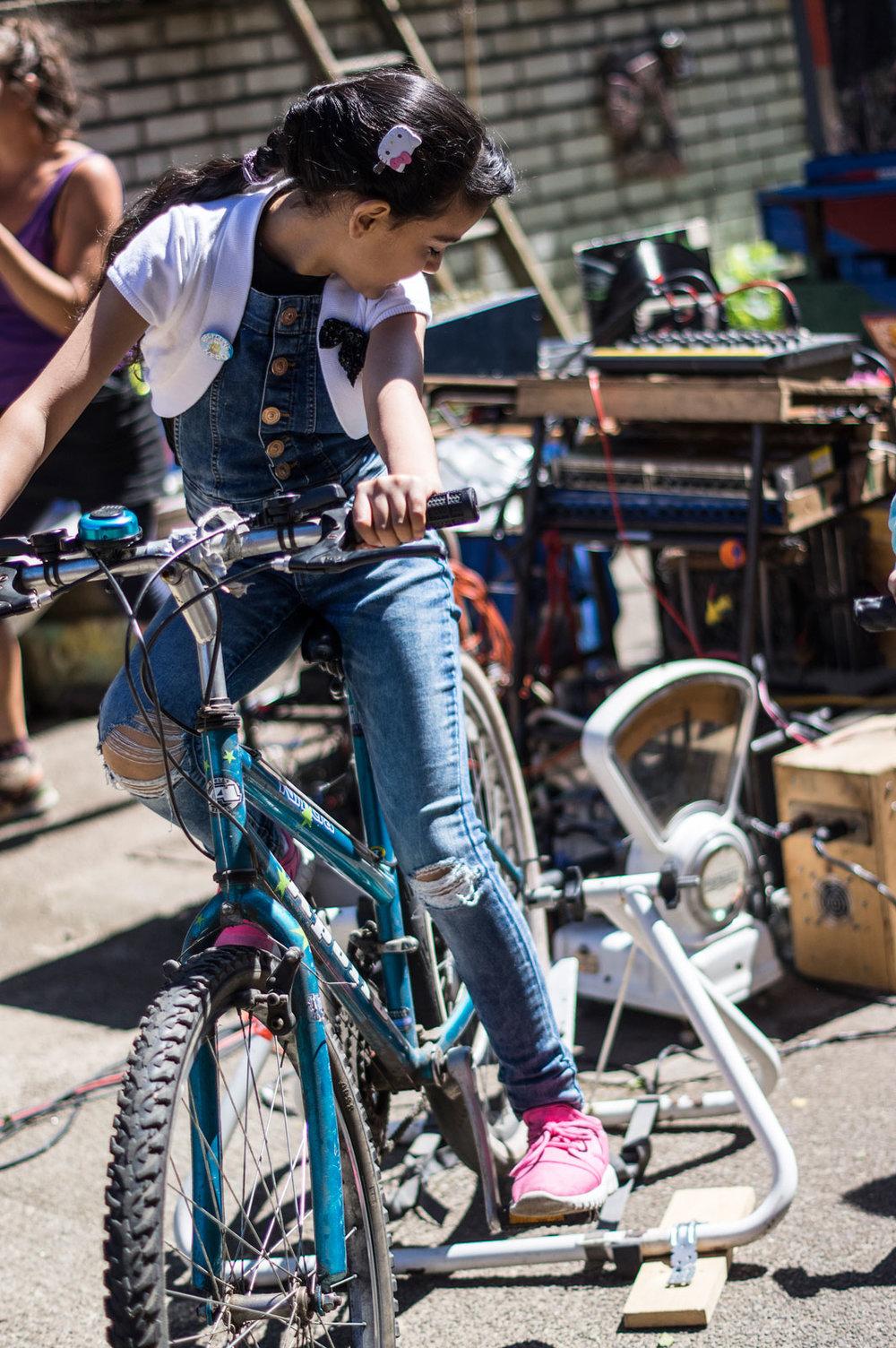 bike-powered-music2.jpg