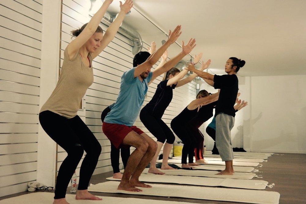 Styrketrening og mindfulness med personlig trener og mindfulness-instruktør Kim Johansen / Plantebasert måltid fra Funky Fresh Foods
