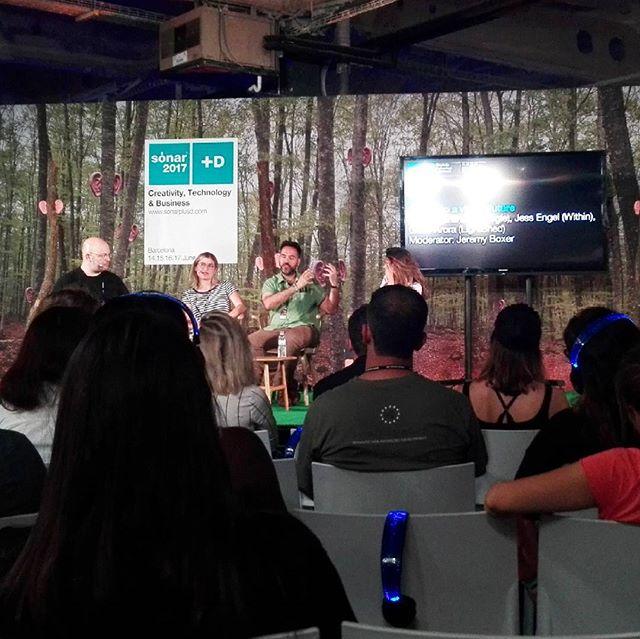 Jessica Brillhart (Google), Jess Engel (Within) y Gabo Arora (LightShed) hablando sobre Realidad Virtual en #sonar #sonar2017 #google #vr #jessicabrillhart #jessengel #gabiarora #realidadvirtual #virtualreality #within #lightshed