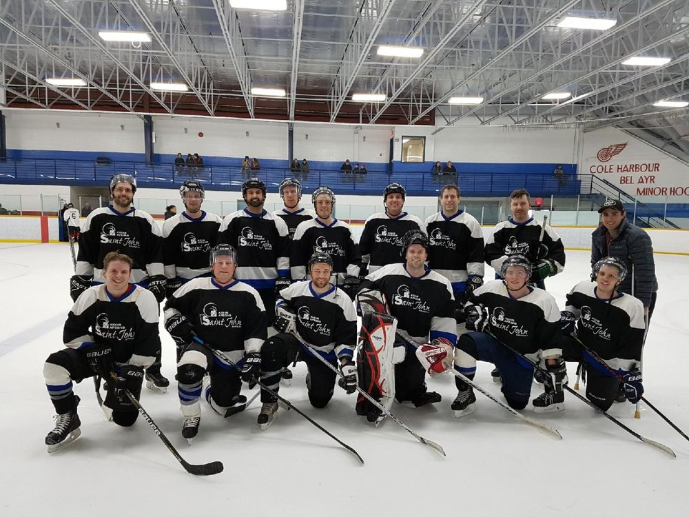Hockey Team Photo.jpg