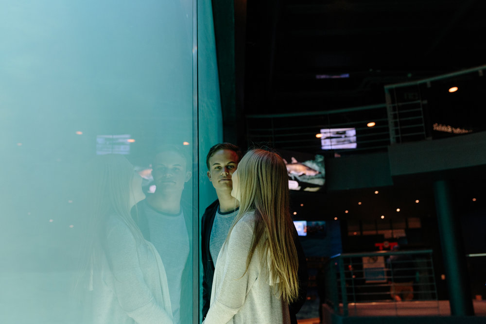 EMILY&PETE_AQUARIUM -3477.JPG