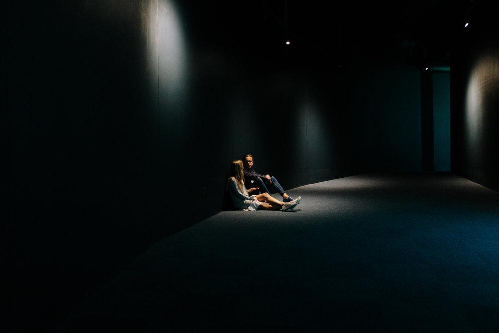 EMILY&PETE_AQUARIUM -3699.JPG