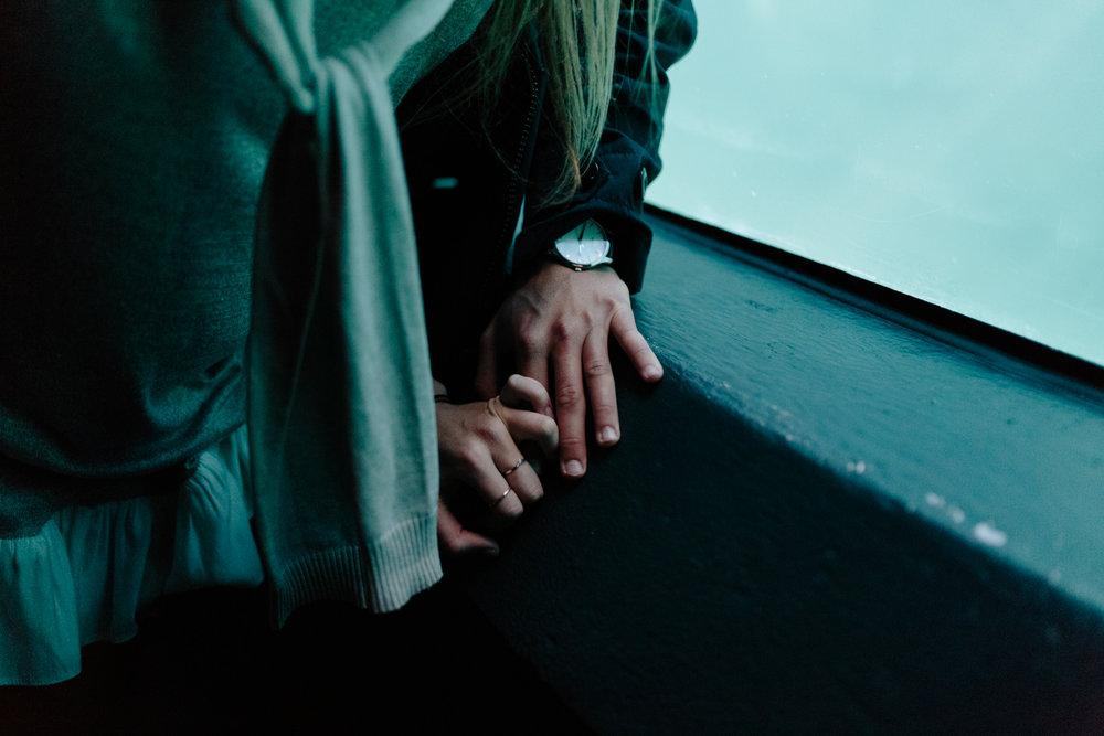 EMILY&PETE_AQUARIUM -3755.JPG
