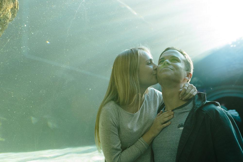 EMILY&PETE_AQUARIUM -4429.JPG