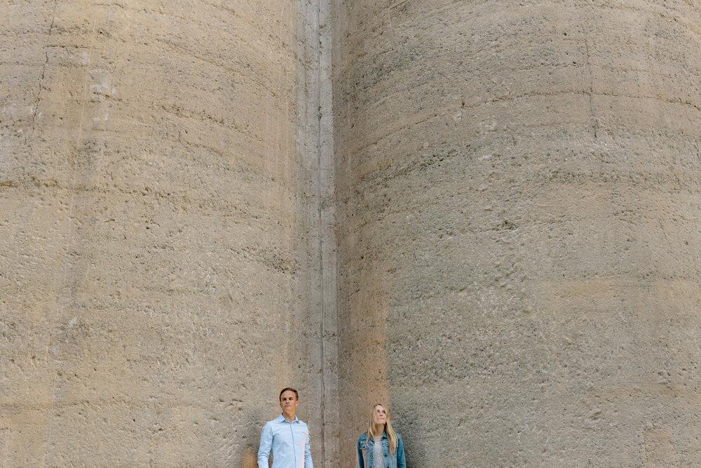 EMILY&PETE_AQUARIUM -4731.JPG