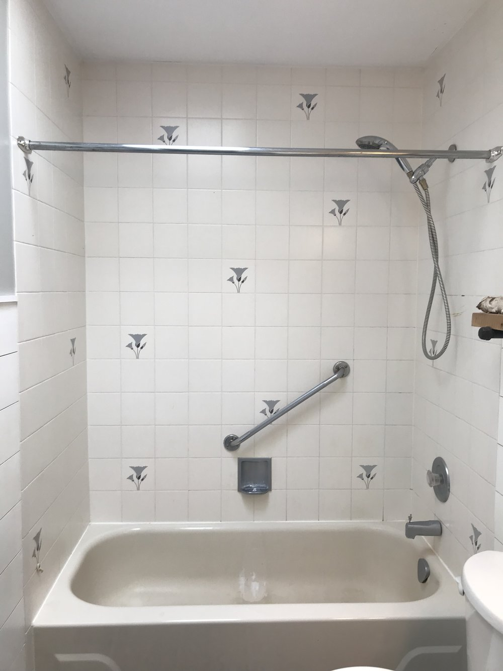 Refinished Bathroom Tub & Tile — The Penny Drawer
