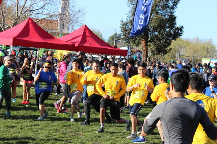Pre- race warm up is important - 2018 Half Marathon Runners