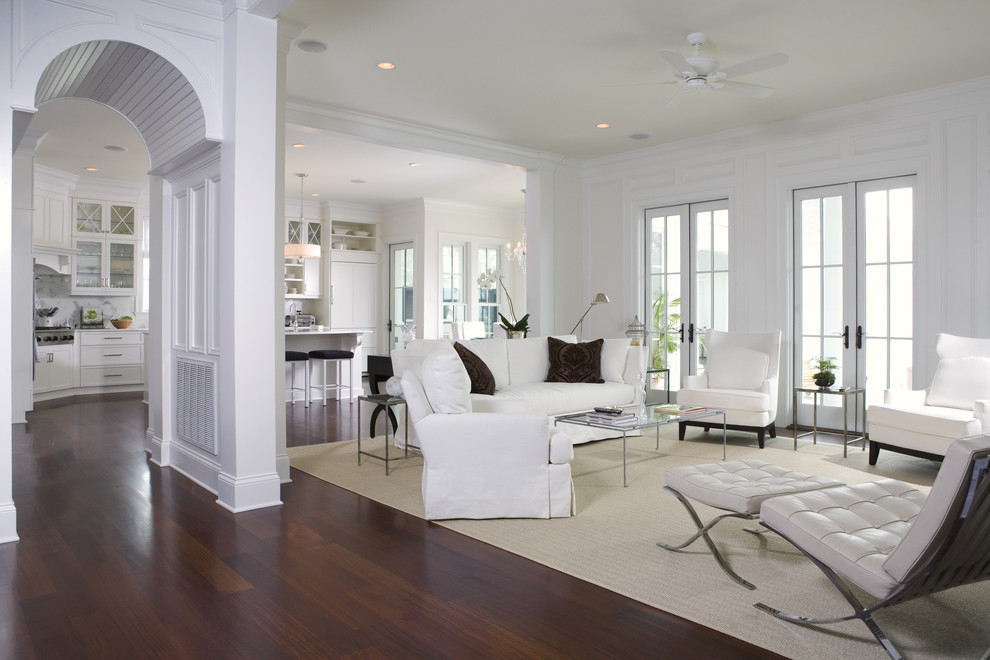 Arresting-Family-Room-Traditional-design-ideas-for-Dark-Wood-Floors-In-Kitchen-Decorating-Ideas