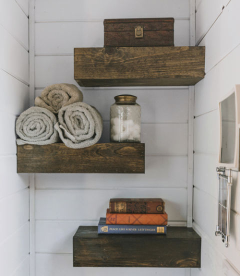 54ea0f8f5c1fe_-_tiny-heirloom-shelves-0215-xln