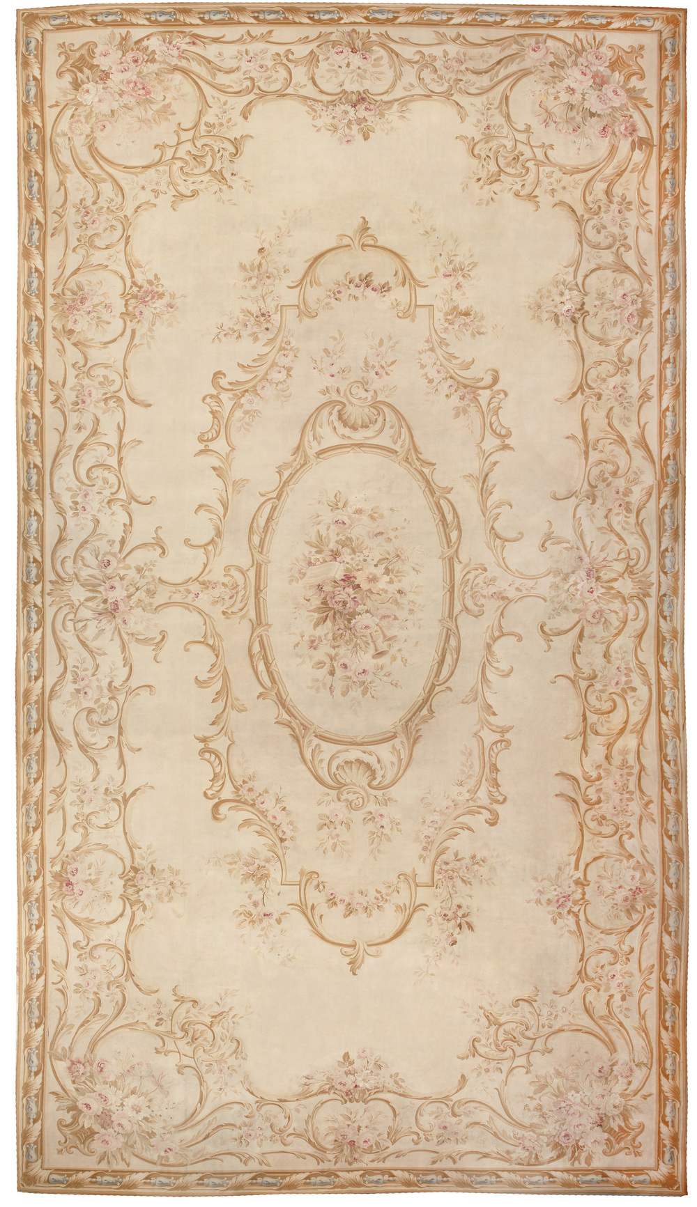https://nazmiyalantiquerugs.com/antique/french/aubusson/antique-french-aubusson-carpet-46451/
