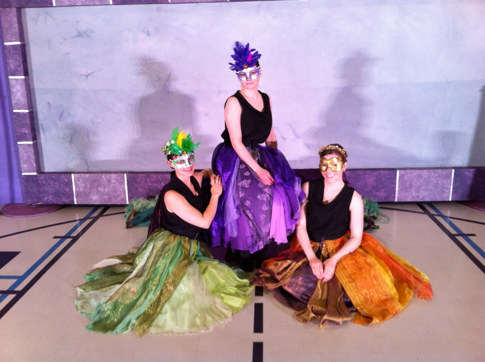 THE CASE OF THE DANCING PRINCESSES (2013) with Stephanie Seaton, Ali Johnson and Karyn McGibbon