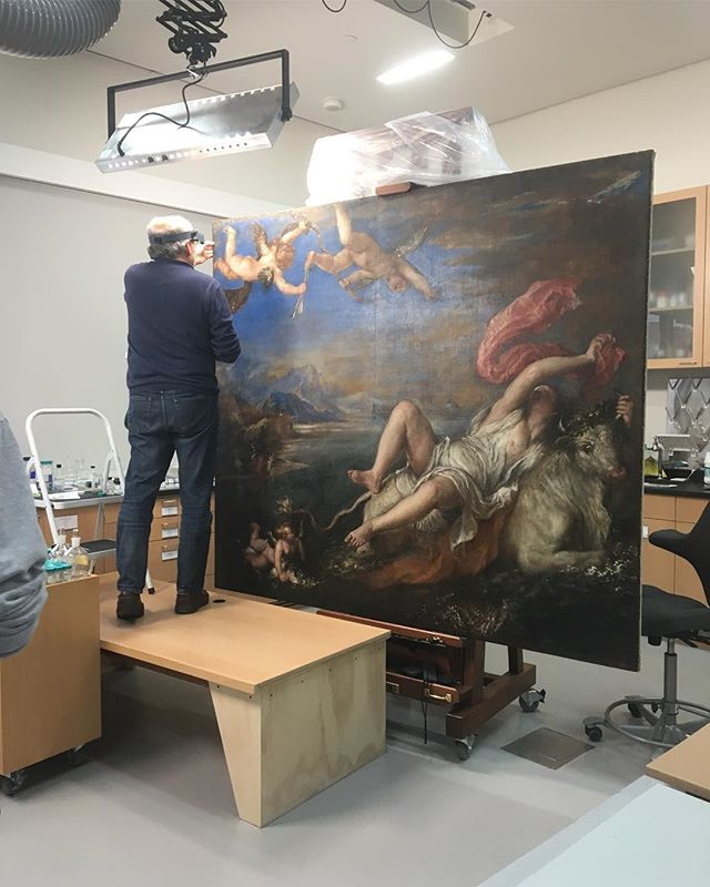 Today I got to hang out in the conservation lab at @gardnermuseum I was three inches away from Titian's The Rape of Europa and it was incredible. Seeing the layers of paint built up to create such an insane work of art. Look at the beauty of the ultramarine blue and those brushstrokes. #titian #gardnermuseum