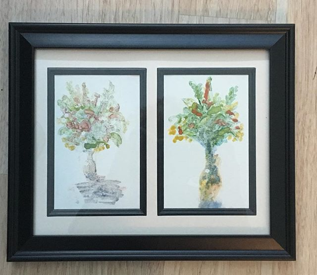 Little prints I made with the glass of a picture frame and watercolor in 2016. I still think they are adorable, and want to make more, but of course I forget how I made them. #printmaking #monotype #flowers