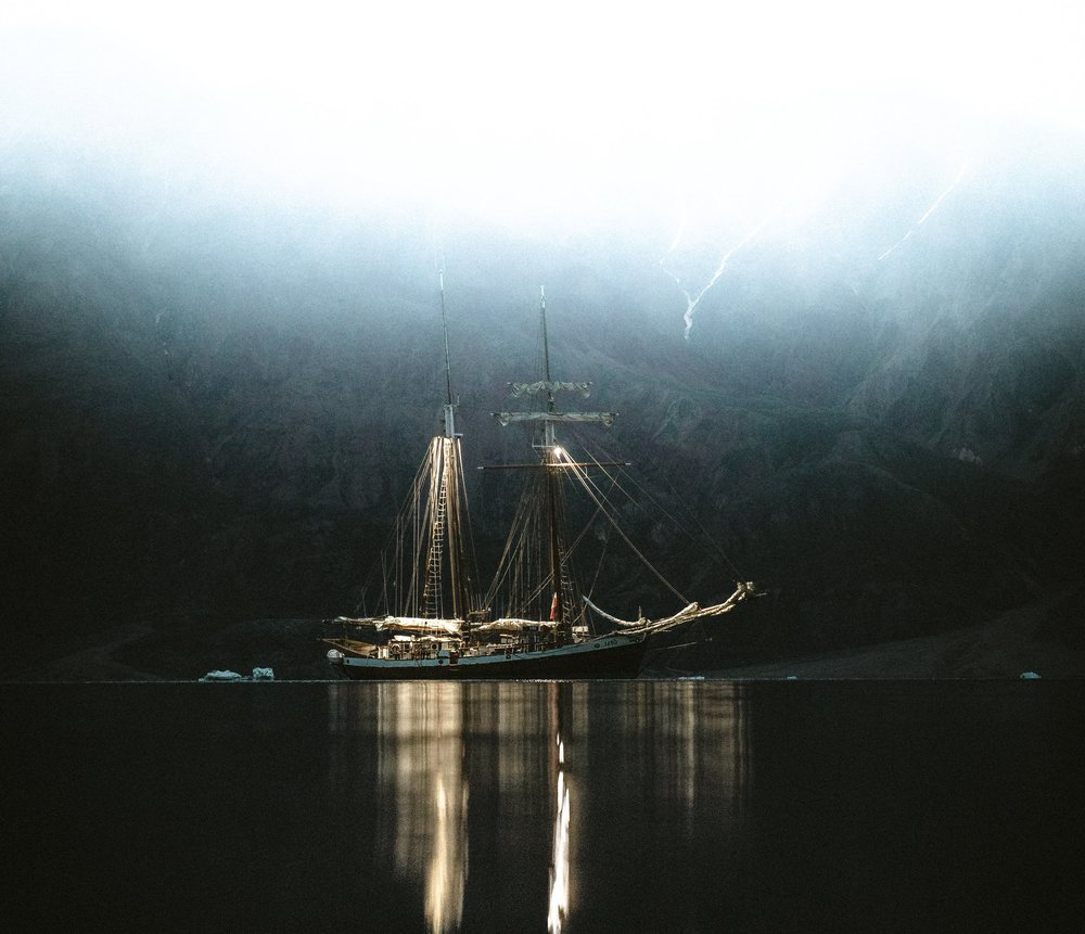WESTERN WINDS - PHOTOGRAPHY & SAILING EXPEDITIONMarch 25 - 27