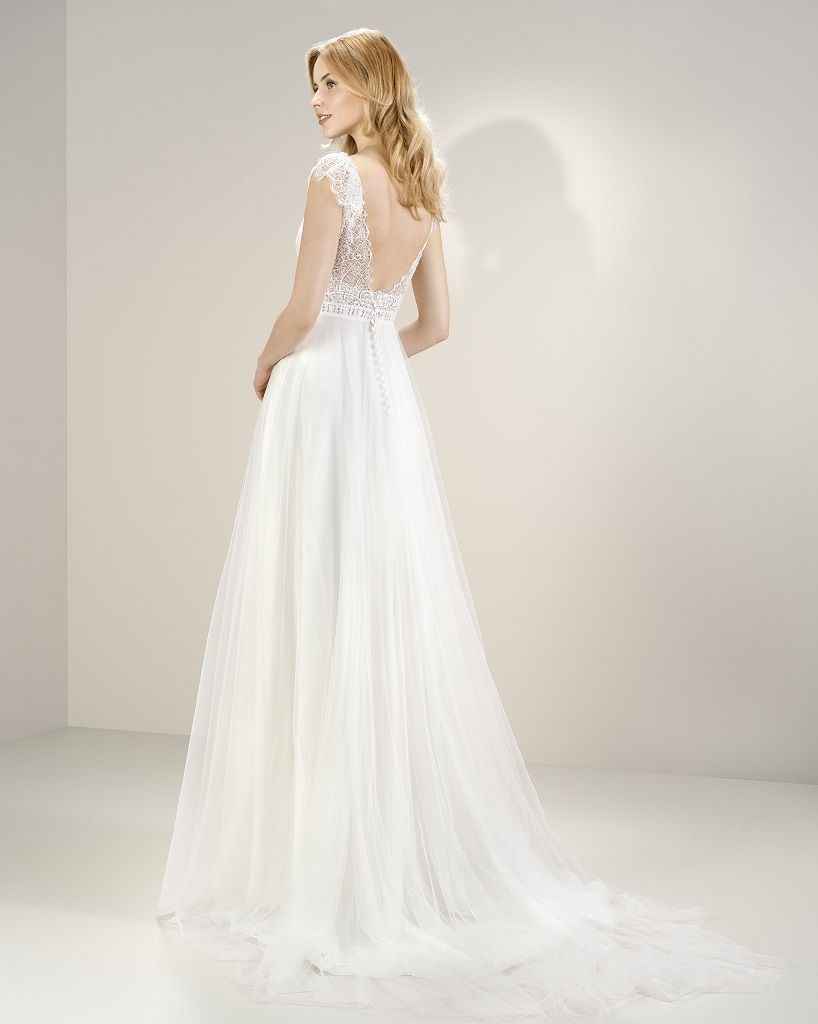 Wedding Dress Outlet Jesus Peiro 8072 back