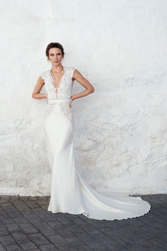 Leila Hafzi Wedding Dress ASHA B8615 ekstra.jpg