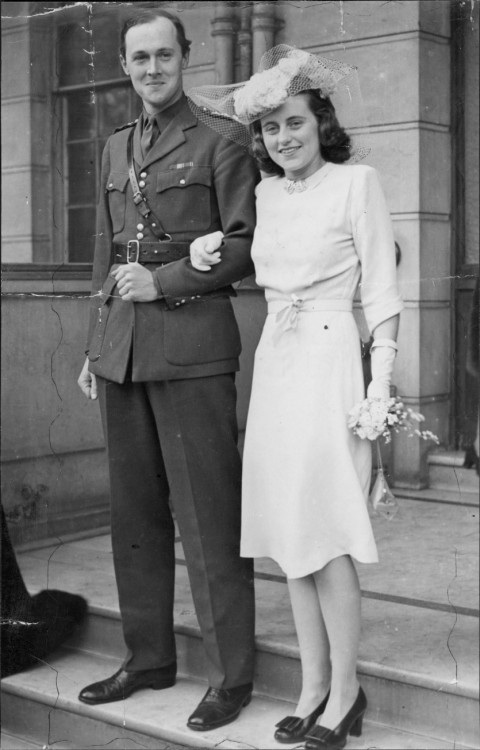 Kick and Billy on their wedding day in Chelsea in May 1944.