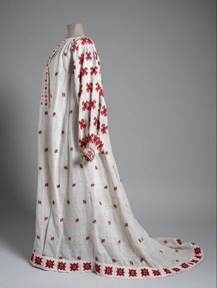Kleid nach Vorbild des Reformkleids, von Bela Csikos Sesia für seine Modelle designt, ©Muzej zu umjetnost i obrt