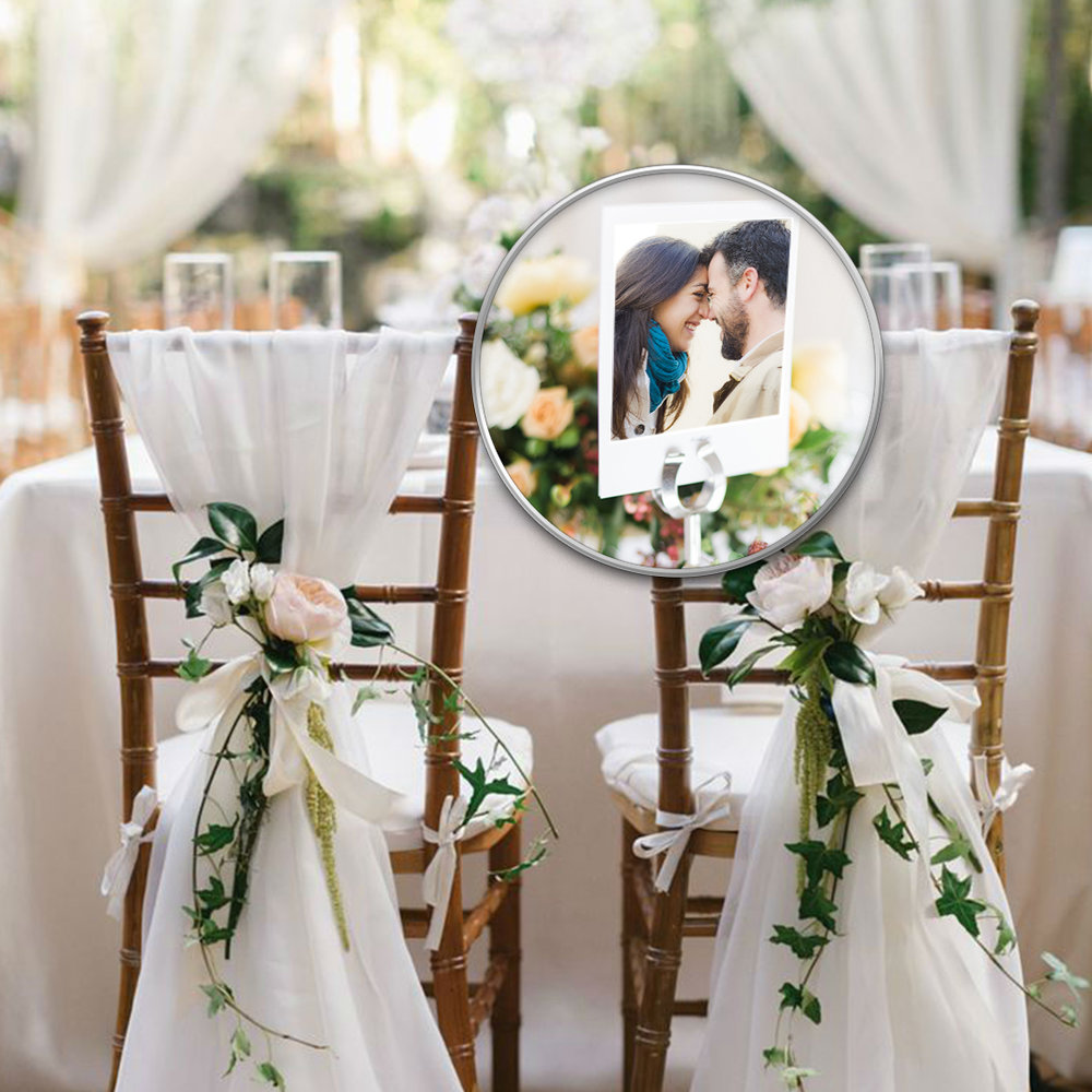 Floral chic wedding style