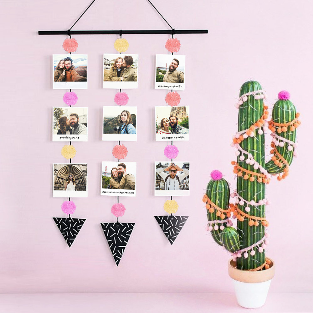 DIY PomPom Photo Display