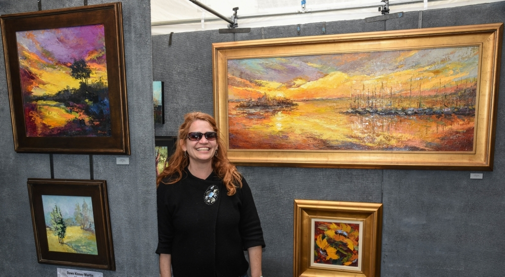 """ I Love the challenge on working on location (en plein air). I strive to create expressive paintings that elevate the ordinary and encourage the viewer to appreciate the beauty of the day to day."""