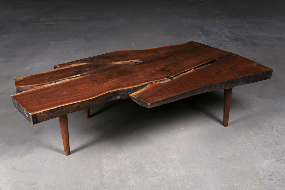 CT01 - black walnut / american walnut