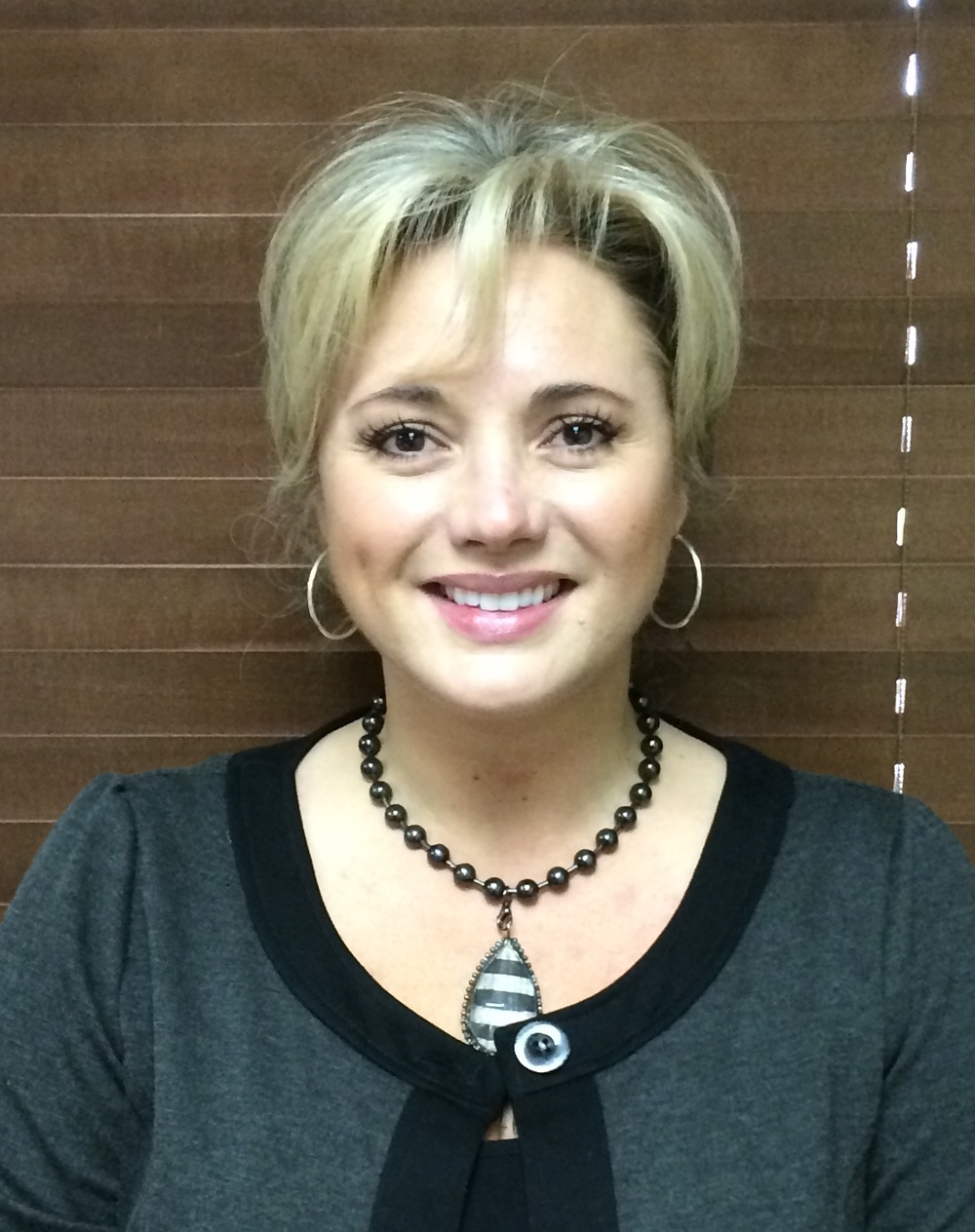 Jill is a business administrator and registered dental hygienist at Robert Wiggins DDS.