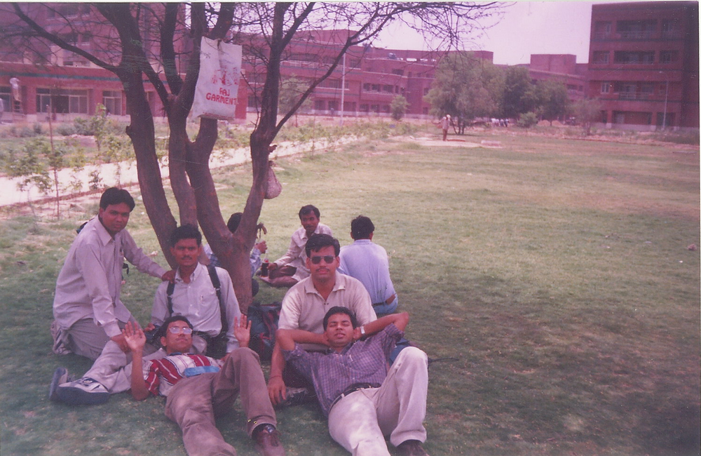 Aspiring Engineers (Batch :1996) just after one of the campus placement rounds
